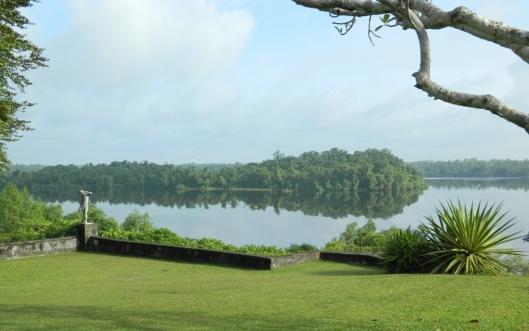 Lunuganga view of the lake